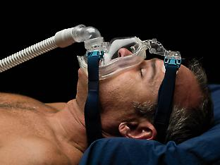 Could the brain be more vulnerable to apnoea if CPAP therapy is discontinued?